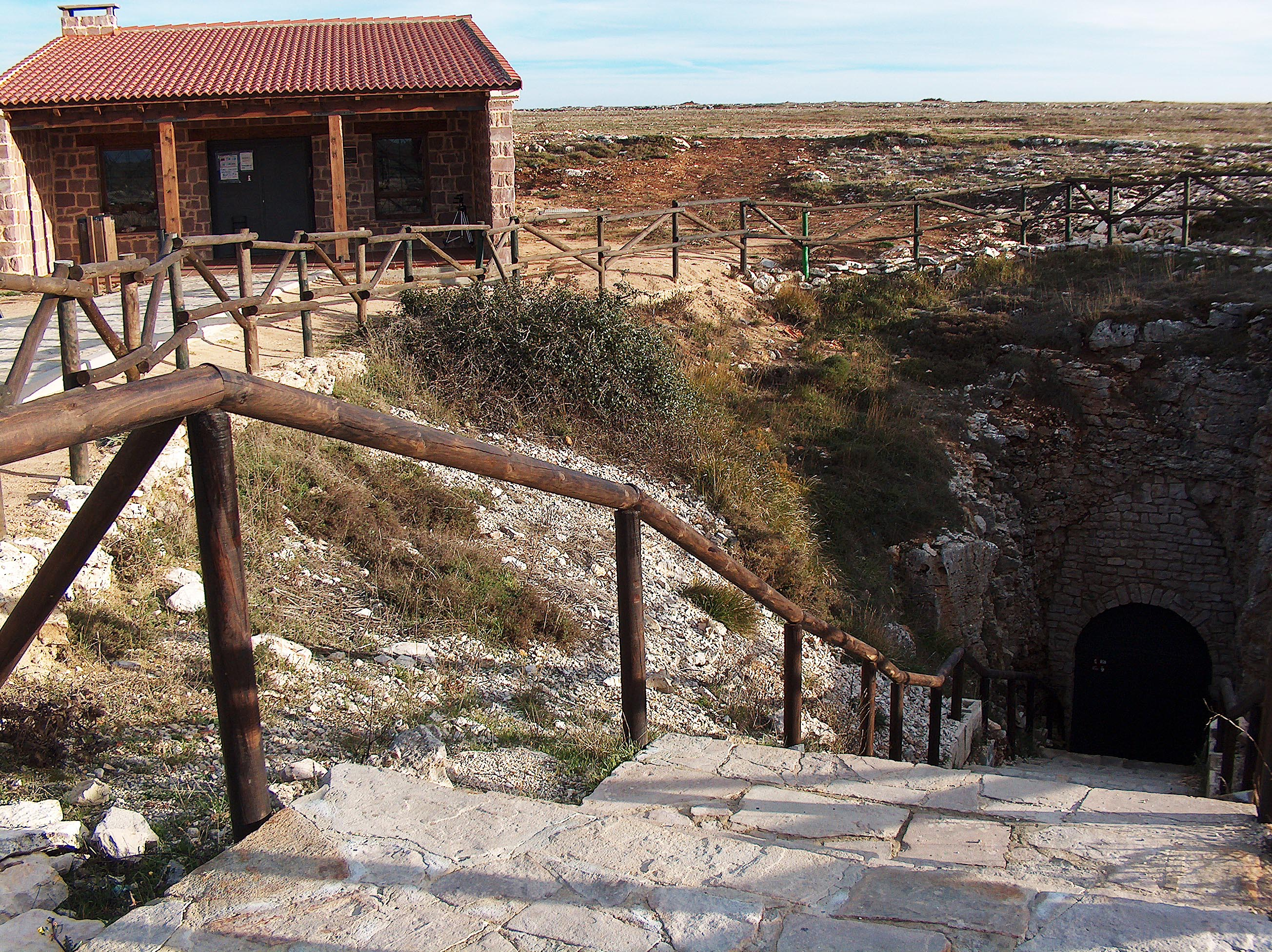 Cueva de los Franceses-entrada3