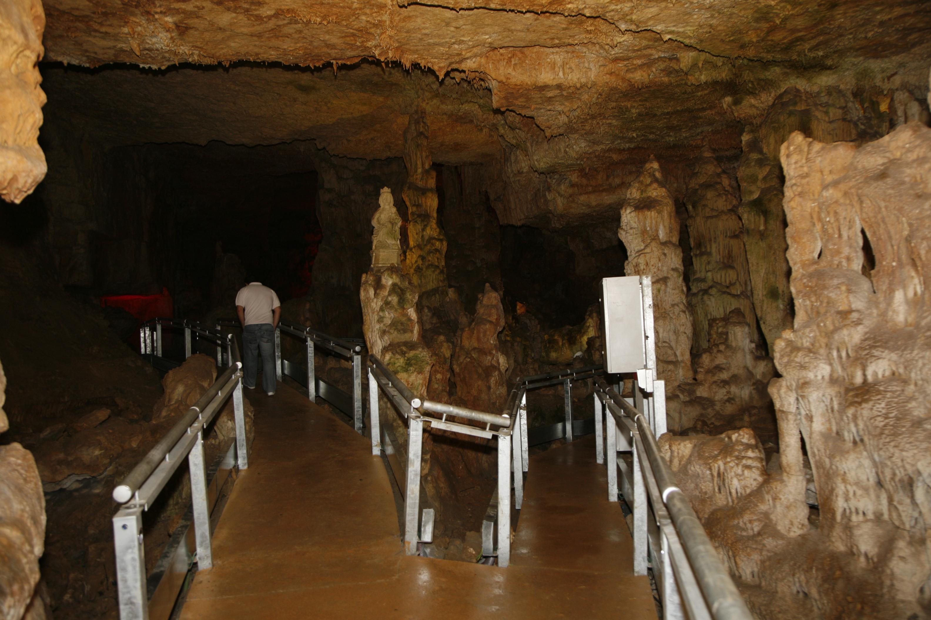 cueva de los Franceses 009